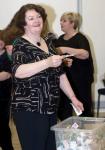Dr Philippa Whitford Castlepark SNP Fundraiser raffle draw