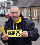 Volunteer helping Philippa during the mass SNP canvass in Dundonald-02